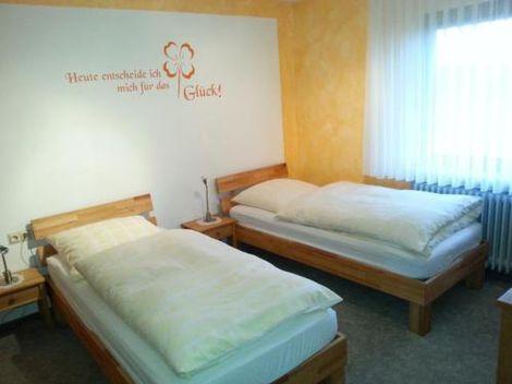 Preiswerte Zimmer für Monteure in Creglingen nähe Crailsheim
